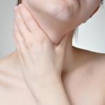 Benjolan Di Leher Akibat Penyakit Tbc Kelenjar